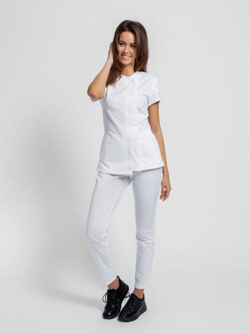 Bluza WB2 asimetrična je i kopča se na drukere